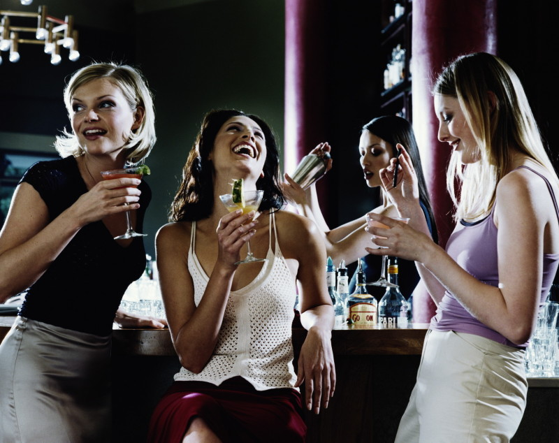 approaching girls in bars meet adults in your area